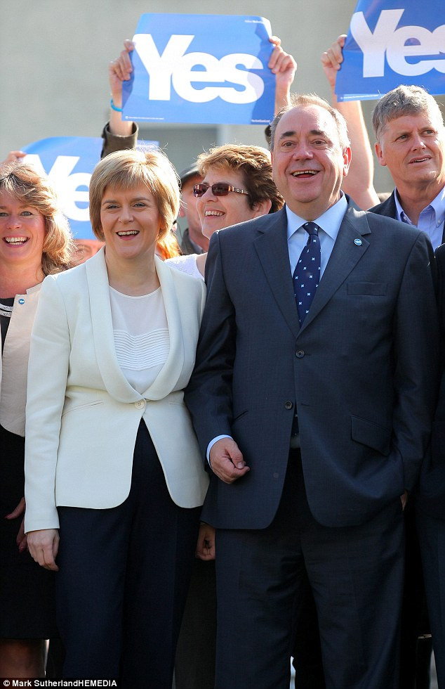 Alex Salmond, campaigning in Edinburgh with his deputy Nicola Sturgeon | ozara gossip