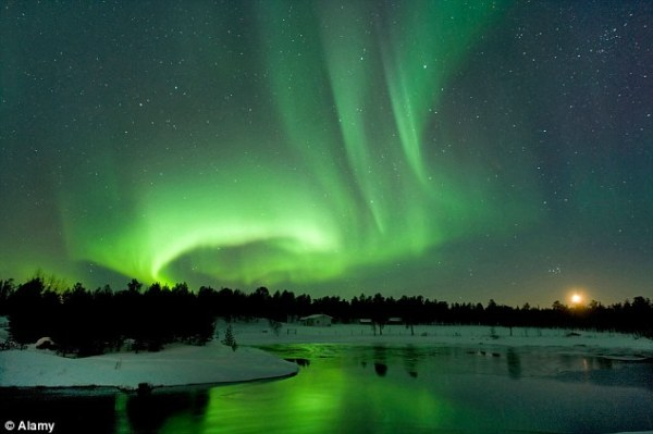 Northern Lights shining in parts of Britain tonight