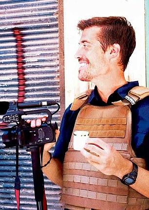 Experts believe the killer is behind the final e-mail sent to the family of James Foley (pictured)