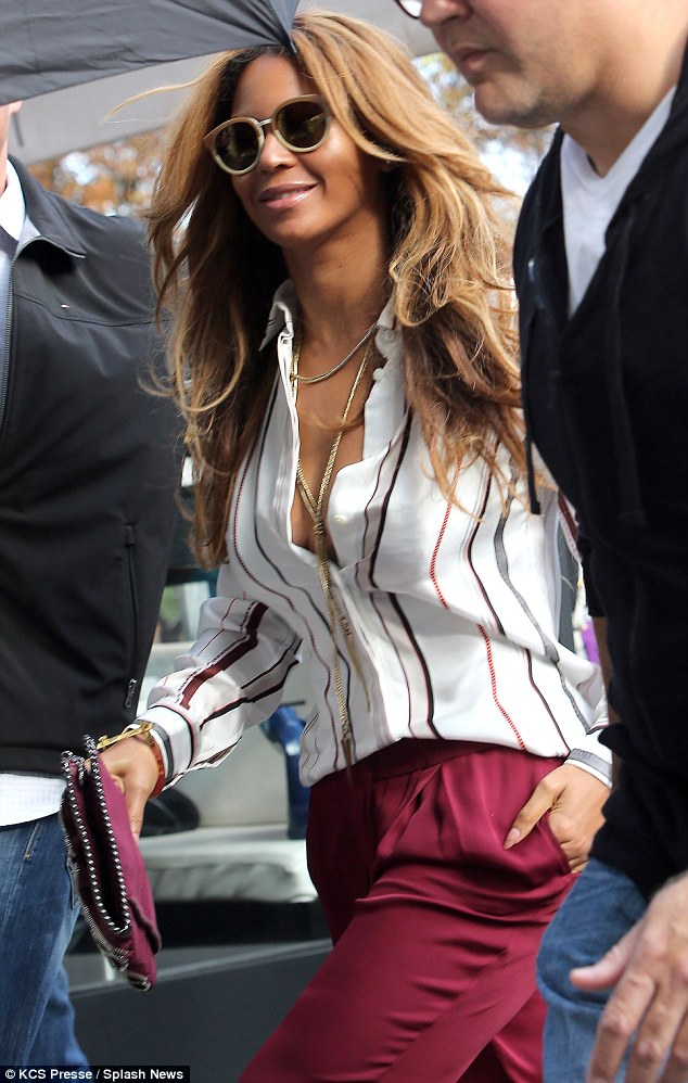 Beyonce Debuts Hair Extensions With Jay Z And Blue Ivy In