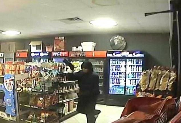 Shop Owner in Houston, kills an armed rubber | ozara gossip