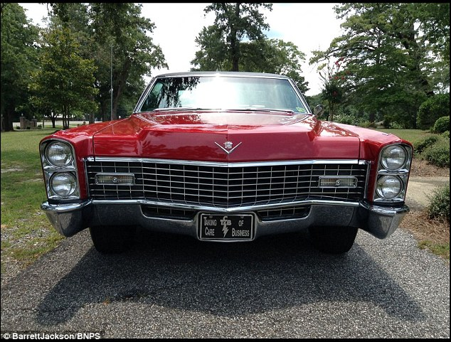 The car was owned by American collector Mike Moon since 1979 and had been on display at The Elvis Museum in Pigeon Forge, Tennessee
