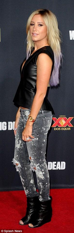 Purple Crop Top Cleavage