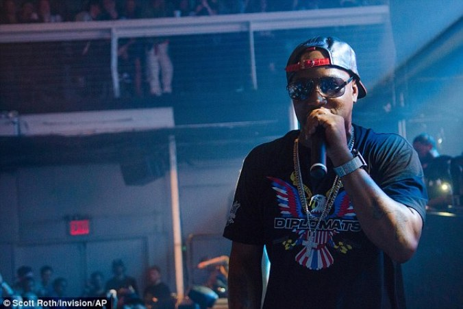 Cam'ron is selling Ebola masks with his face on them | Daily Mail Online