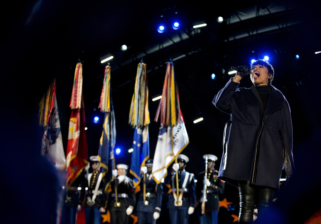 Jennifer Hudson kicked off the event appropriately with a powerful rendition of The Star-Spangled Banner in Washington on Tuesday night