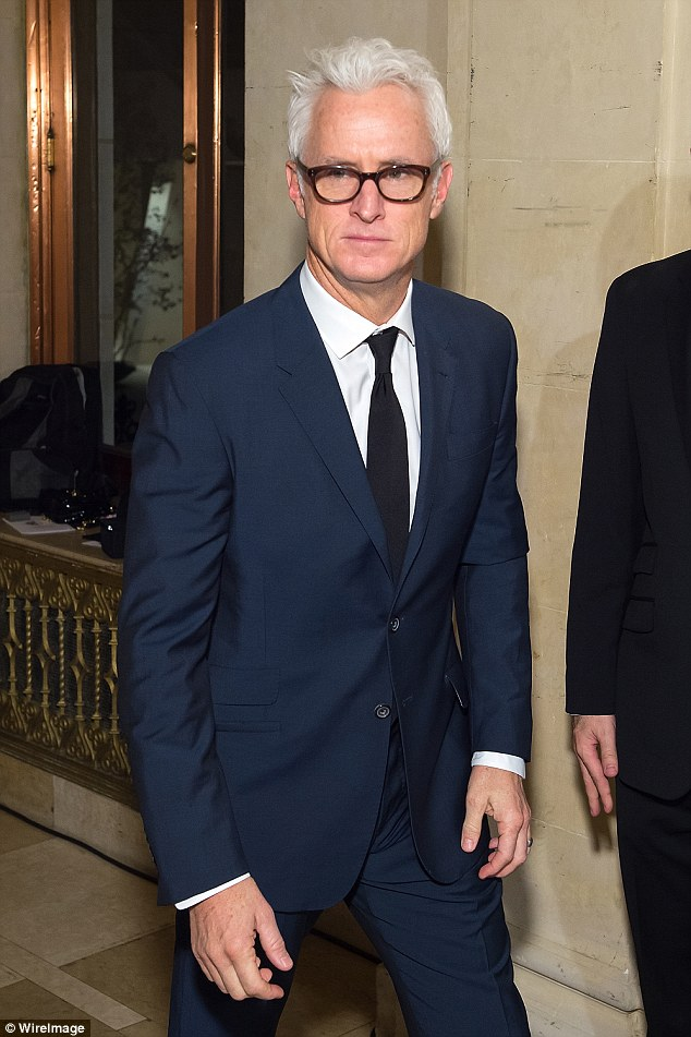Mad Mens John Slattery Looks Dapper In Suit With Wife