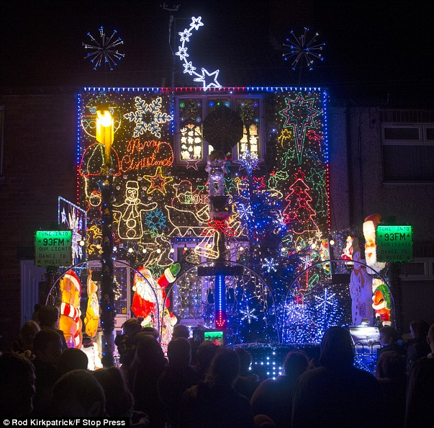 Familys Christmas Lights Use So Much Power They Cant