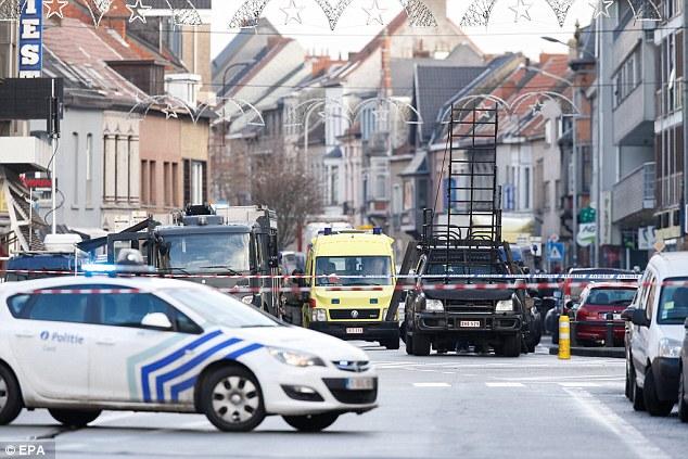 Emisora belga VRT informó vecinos afirman que theflat había sido utilizado por los traficantes de drogas