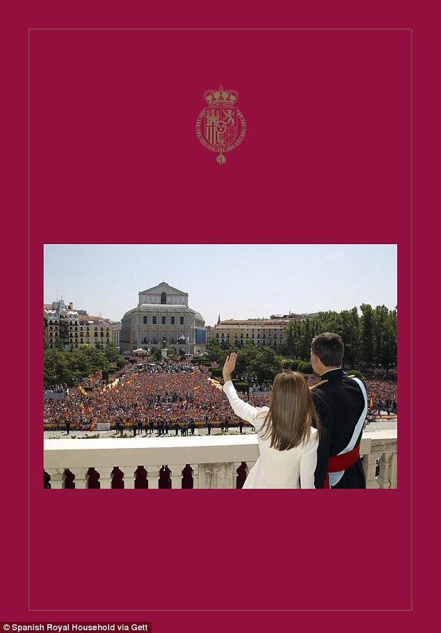 King Felipe And Queen Letizia Unveil Festive Missive