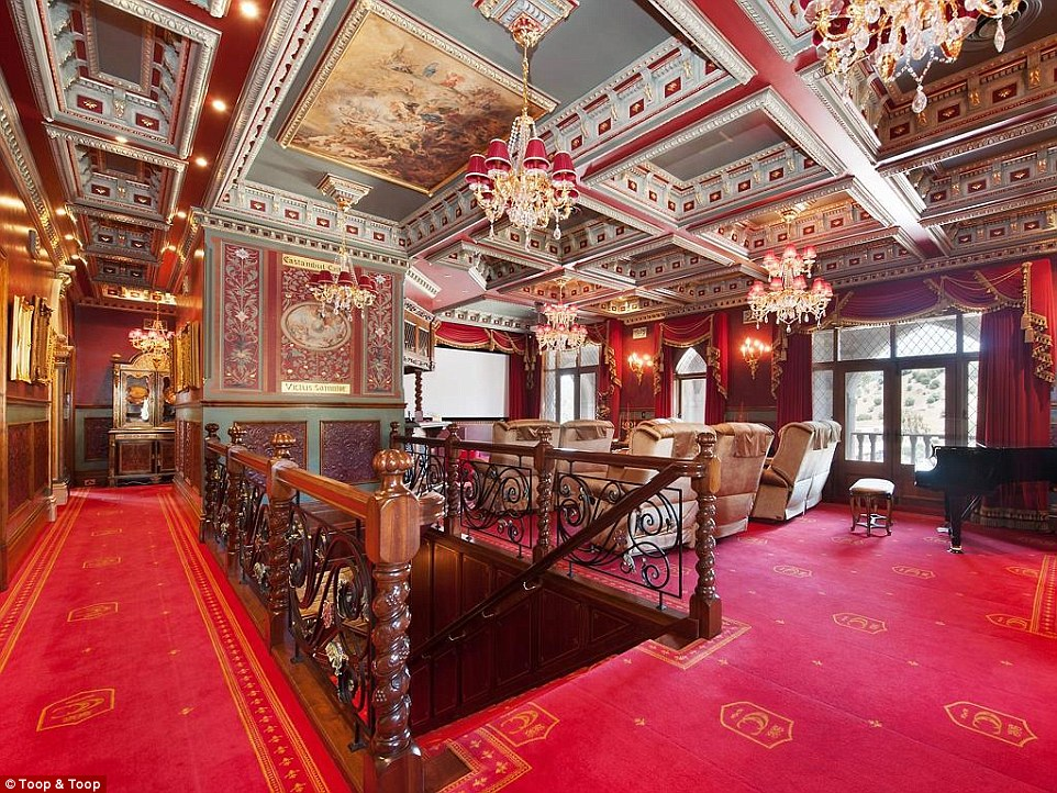Amazing Seven Bedroom Fairytale Palace Goes On The Market