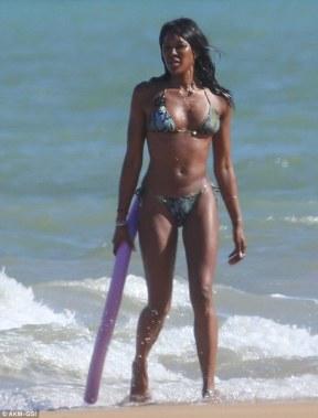 Image result for niami cambel no make up SUPERMAODEL dates leanardo beach