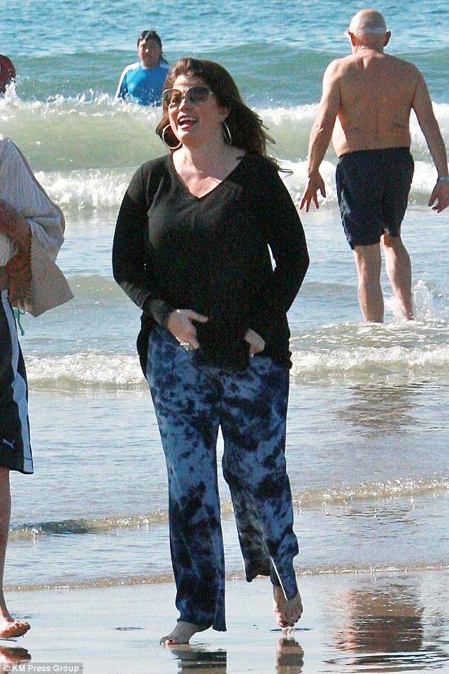 Yasmine Bleeth Is Back On The California Beach In Baggy