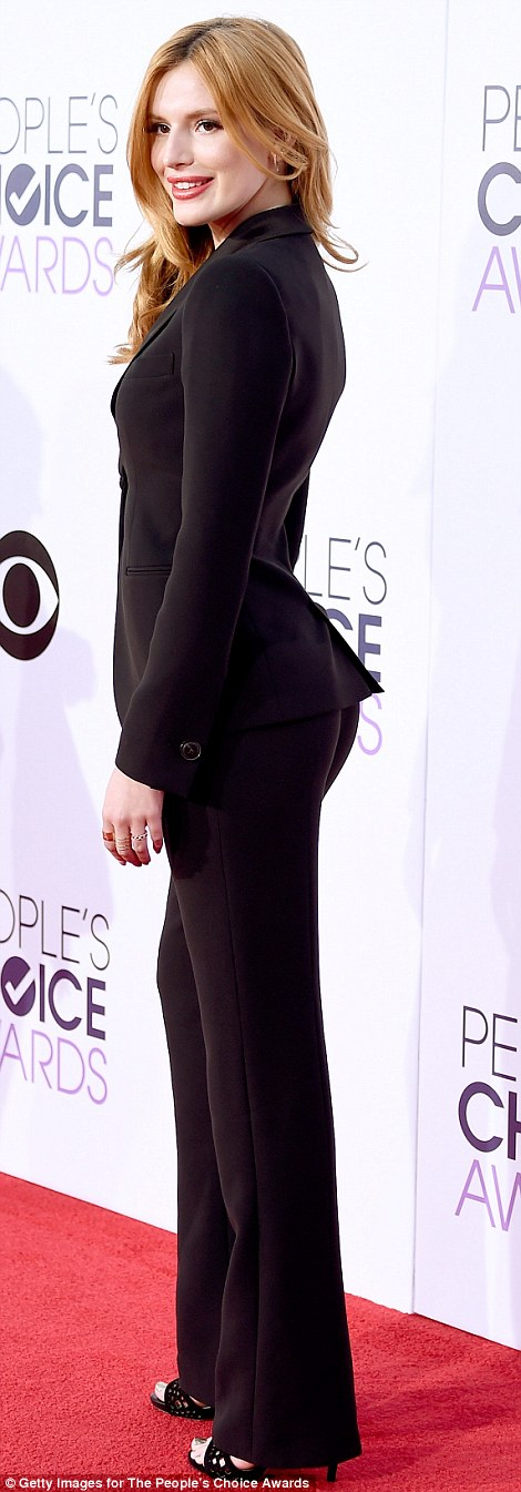 2015 Peoples Choice Awards Saw Anna Faris Allison Janney