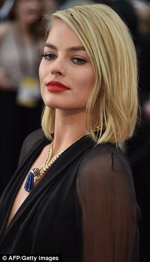 Margot Robbie Works Angular New Bob Hairstyle At The