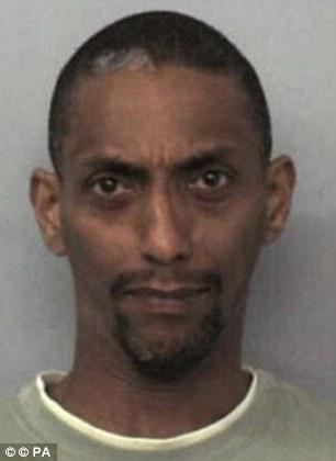 Mohammed Karrar, de 38 años, se le dio la vida con un mínimo de 20 años