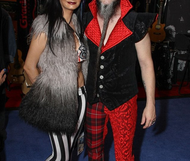 Tragic The Static X Rocker Pictured With Wife Tera Wray In 2013