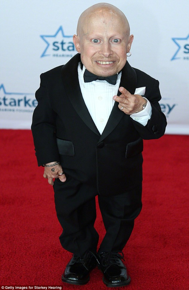 Verne Troyer Posts On Twitter Hes Fine After Being Rushed