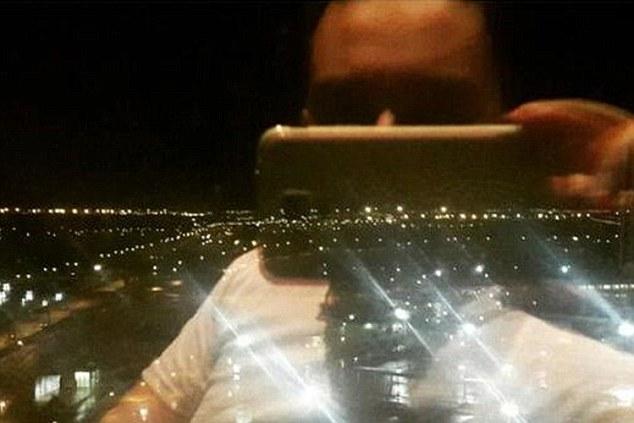 Hussein Javadi tomó la imagen de la ventana de su hora de hoteles en Barcelona antes de abordar el vuelo