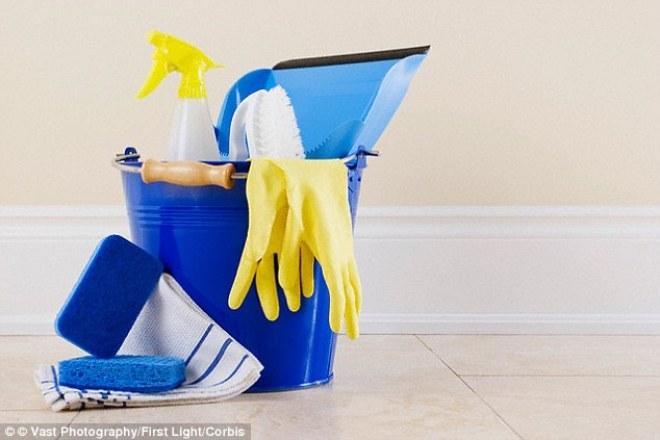 La mayoría de productos de limpieza contienen química dañina