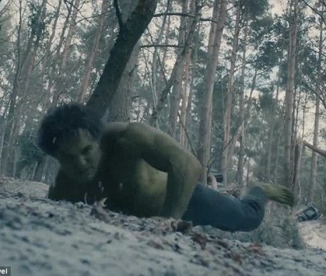 Reverse This Is The First Time Fans Have Seen The Cgi Hulk Transform Back Into