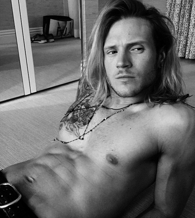 Mancrush Monday: Dougie Poynter as shared by Ellie Goulding : Red Carpet Biz