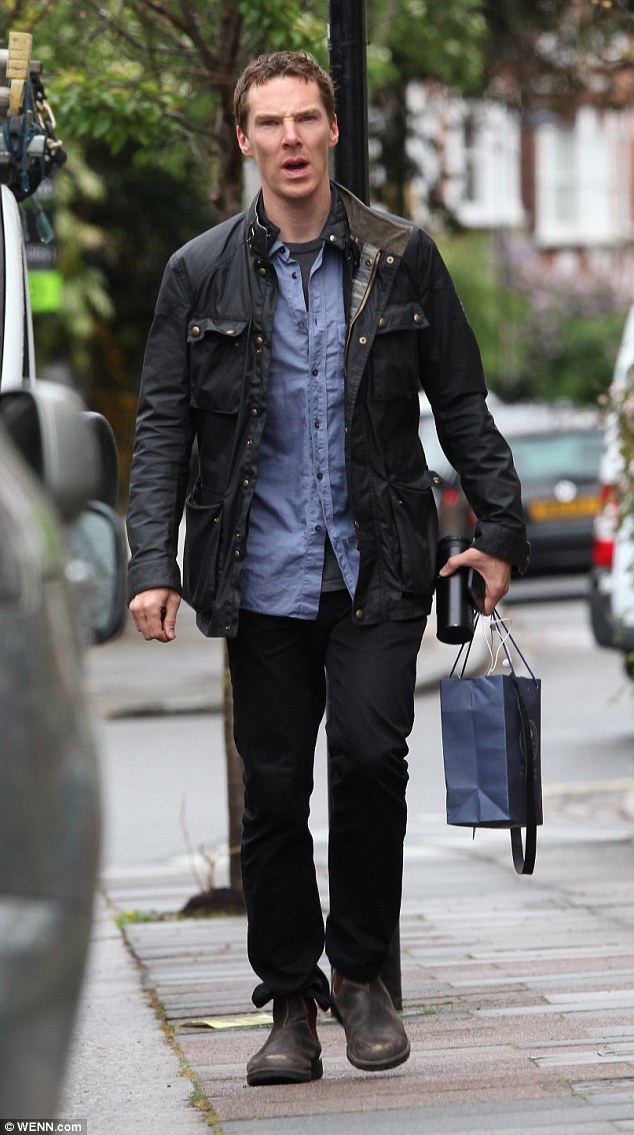 Dressed down: The 38-year-old Oscar-nominated actor was sporting a denim shirt under a wax jacket