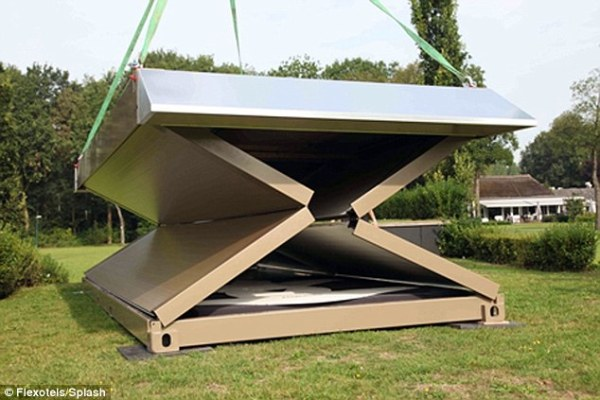 Dutch firm invents portable hotel, Flexotel, complete with ...