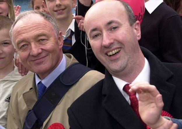 The WIkipedia page of Geraint Davies (pictured with Ken Livingstone) was edited to remove exact details of expenses claims