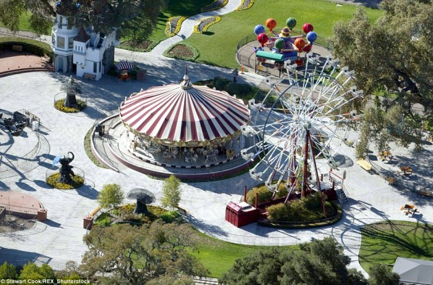 Long gone: Realtor Suzanne Perkins said that the amusement park (pictured 2003) the late King Of Pop constructed and his beloved exotic animals have been removed