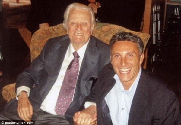 Billy Graham's grandson resigns as leader of Florida ...