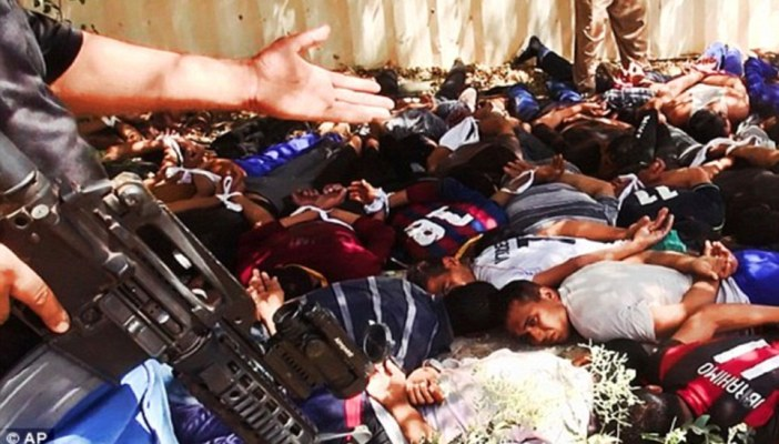 Pictures show the massacre of 770 Iraq soildiers by ISIS: WARNING
