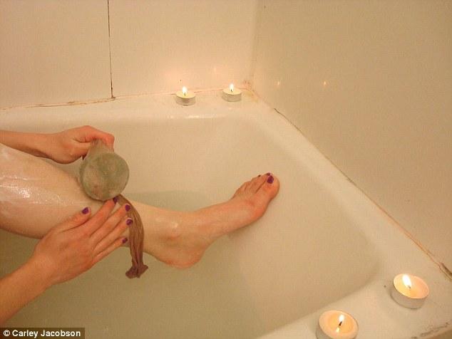 F Bath And Body Works