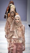 Islamic Fashion Festival models walk the catwalk in ...