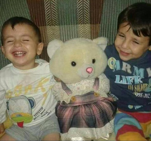 The bodies of Aylan, three (left) and his brother Galip, five (right) washed up on the shores of the Mediterranean