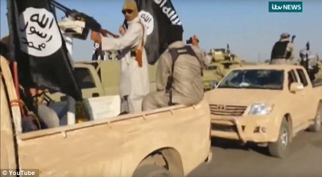 Investigación: los funcionarios contra el terrorismo en el Departamento del Tesoro están trabajando con el gigante automotriz para determinar cómo los terroristas llegaron a poseer las camionetas Toyota Hilux y Land Cruiser que cuentan con tan prominentemente en sus videos
