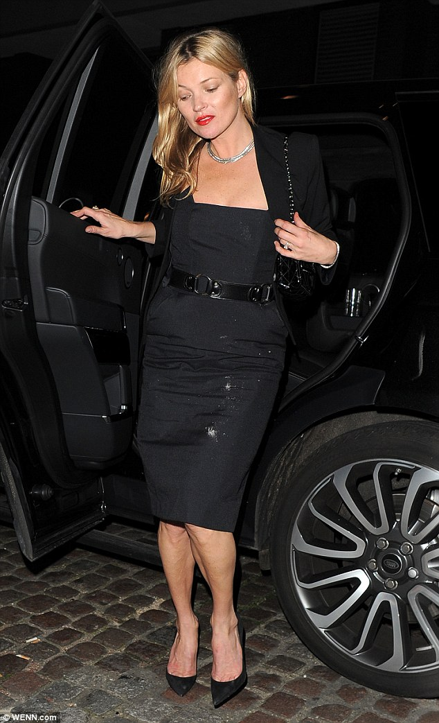 Kate Moss Elegant Black Dress Has Some Mysterious White