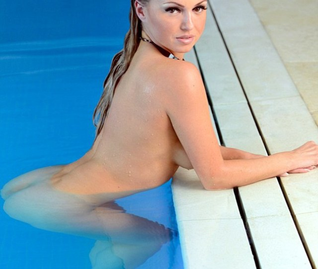 Stripping Off Ola Jordan Has Taken Her Sexy Image A Step Further With Her 2016