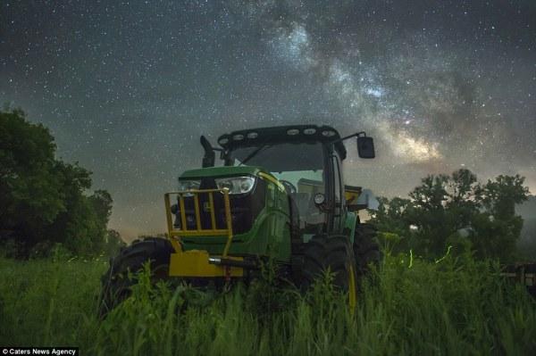 Photographer Adam Dorn captures fireflies in Wisconsin ...