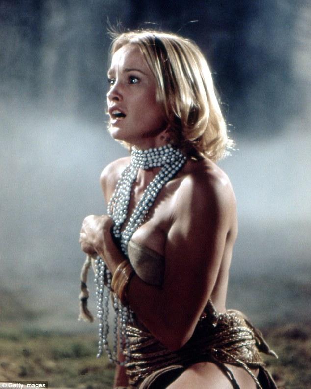 Blonde bombshell: O papel de Dwan no filme de 1976 King Kong eventualmente foi para uma jovem Jessica Lange (na foto)