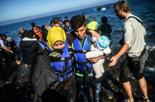 EU enlists Africa, courts Turkey to tackle migrant crisis ...