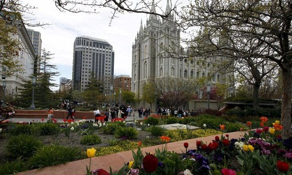 Hundreds of Mormons plan to resign in Utah same-sex policy ...