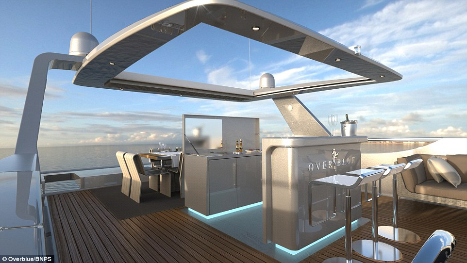 Luxurious Houseboat Boasts King Size Beds A Jacuzzi And
