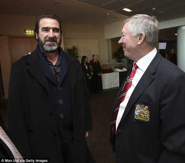 Na temporada 1993/94 ferguson acertou a transferência do meia de 22 anos do nottingham forest, roy keane, com uma transferência recorde de £3.75 milhões, como substituto a longo prazo para bryan robson, que estava no final da sua carreira. Eric Cantona was Sir Alex Ferguson's key signing at Old ...
