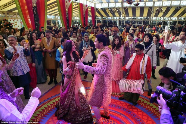Around 500 guests were invited to the three day ceremony in the Italian city and spent yesterday evening at a lavish party where they danced