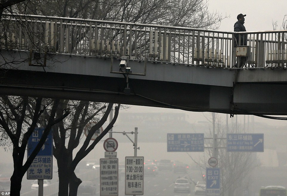 Beijing issued an orange-level pollution alert over the weekend, the highest of the year, with residents advised to stay indoors