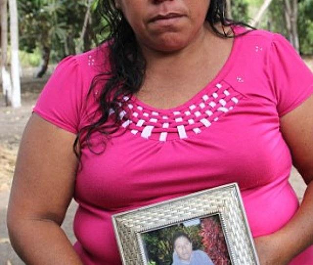 Roselia Diaz Mother Of Dead Castaway Ezequiel Cordoba Shows His Portrait