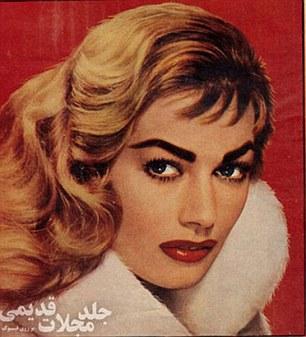 Model wear glamorous makeup worthy of a filmstar