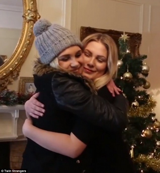 The pair hugged when they met and quickly found lots to bond over. Although Sara was shyer than Shannon, it wasn't long before they acted like they had known each other for years