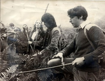 Pictured: The search for  Genette  in 1978. Volunteers beat through the bracken on Woodbury Common