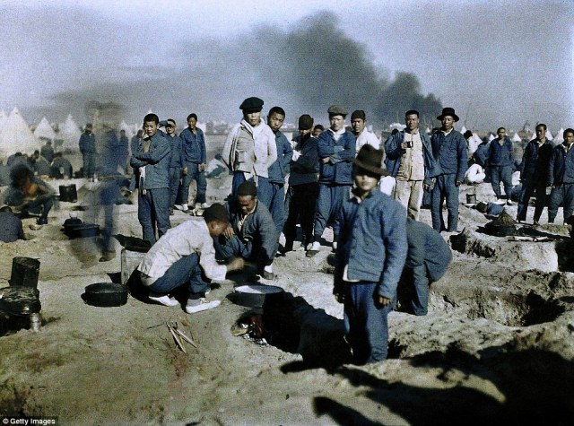 A camp of workers from the British Chinese Labour Corps recruited to participate in the Middle East campaign photographed in 1917